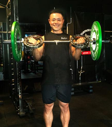 trainer_shin_main.jpg