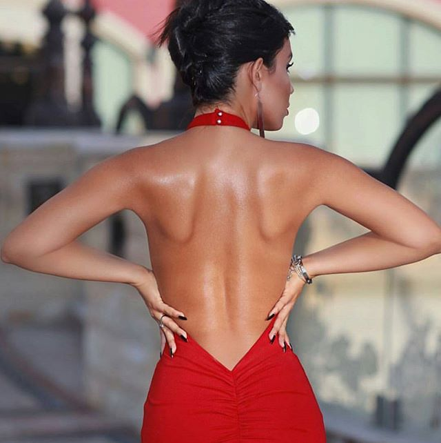 Bringing you sexy backs!!