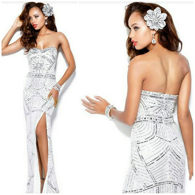 Fresh and crisp.jpg Gorgeous embellished silk gown