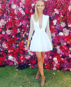 Polo in the city with _hayley_hardisty wearing Alex Perry  #redrunwaystyling  #hushhire  #alexperry