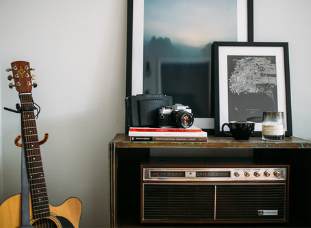 Independent Radio Promotion Guide: How and Where to Find Radio Stations to Pitch