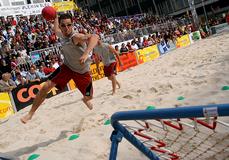 外國沙灘巧固球比賽