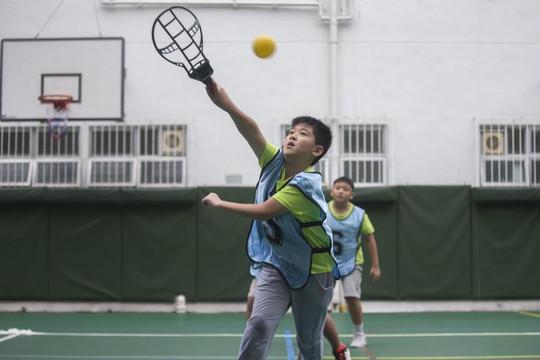學生參與旋風球時英姿