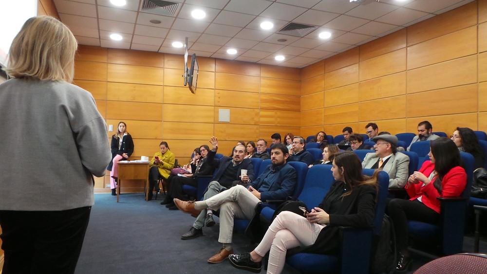 Presentación de Samson durante el Seminario de Casos Prácticos sobre Estrategias de Marketing Digital en Contextos B2B