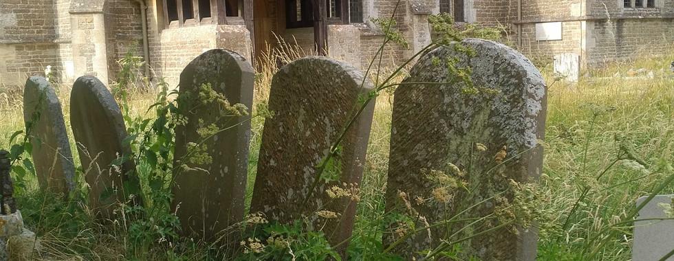 Holwell churchyard: RM