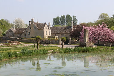 Westwell Oxfordshire in the Land of the 12 Churches Shill Valley and Broadshire BeneficeTwelve