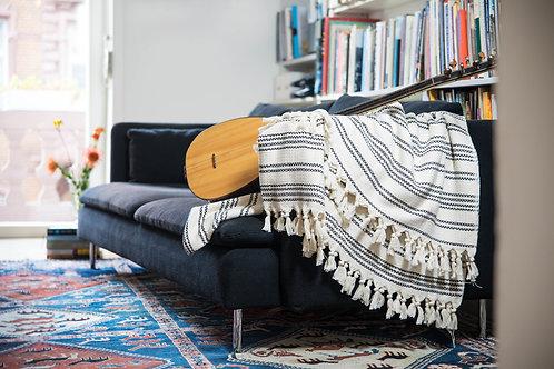 Dekör Demet - Baumwolldecke im schicken Stil beige mit schwarzen Streifen