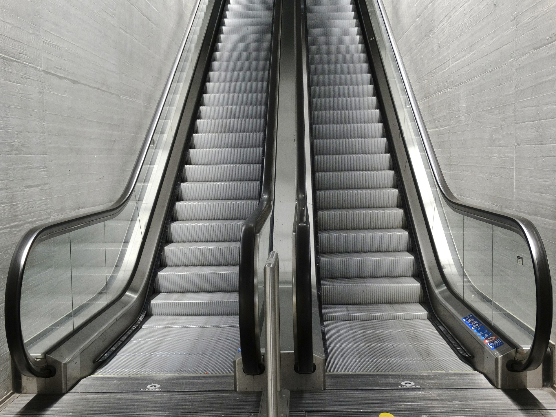 escalator-474197_1920