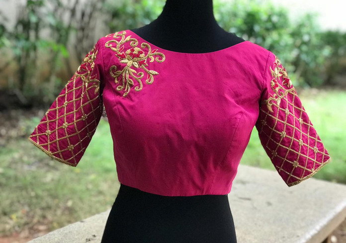 HW Pink and gold knot work.jpeg