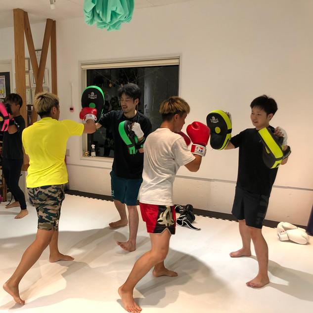 キックボクシングクラス