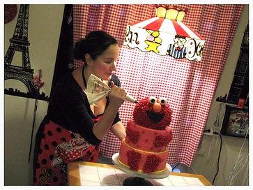 Ana Lovelace - Elmo Cake