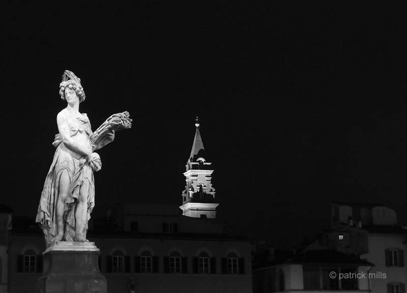 florence statue at night