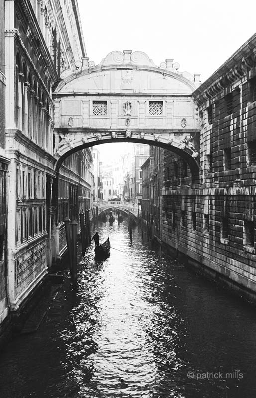 venice bridge of sighs