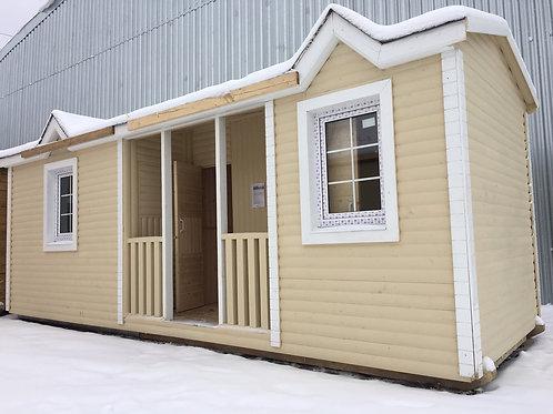 Модульный дом 8х2,3м Распашонка с верандой по центру и помещениями сан.узла