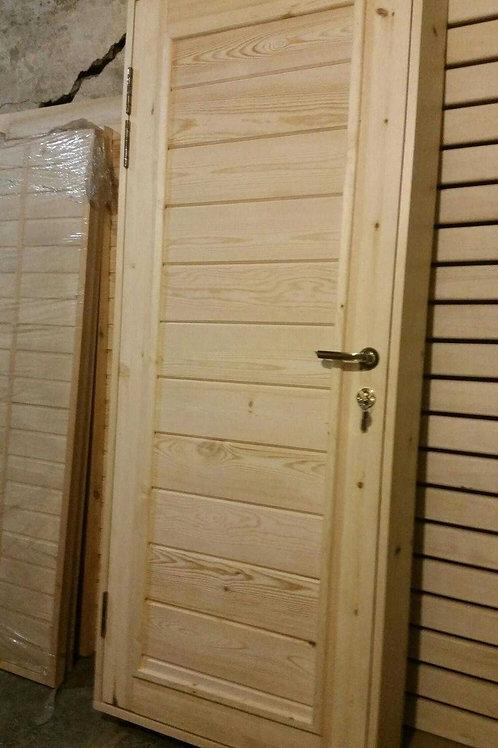 Дверь деревянная заводская