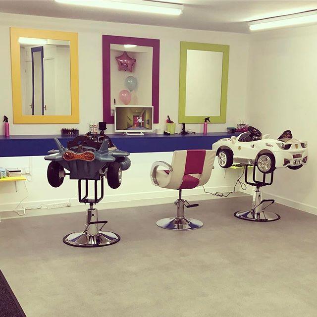 #kidzcuts #keynsham #keynshamkidzcuts #car #aeroplane #fun #tv #kids #childrens  #hair #haircut