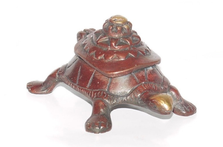 Brass Tortoise Ashtray with Hinged Lid