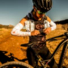 Endurance_Pack_White_-_Riding.png