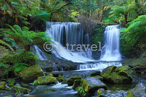 Tasmania - Horseshoe Falls I