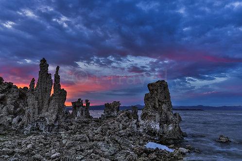 Sunset over Tufas XXIV (Mono Lake)