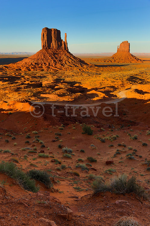 Sunset in Monument Valley II