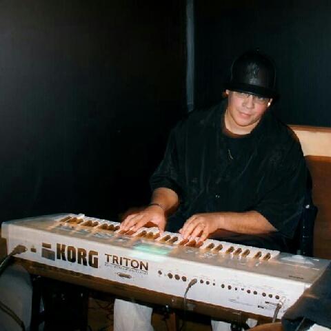 Damian Curtis 14