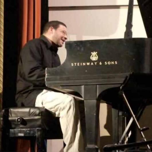 Damian Curtis 5