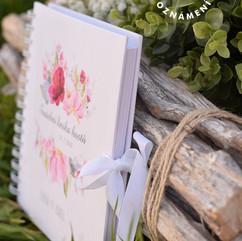 Svatební kniha hostů