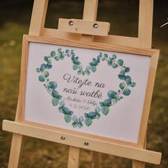 Uvítací cedule na svatbu