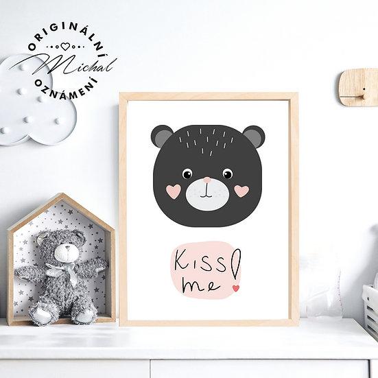 Plakát Medvídek polib mě