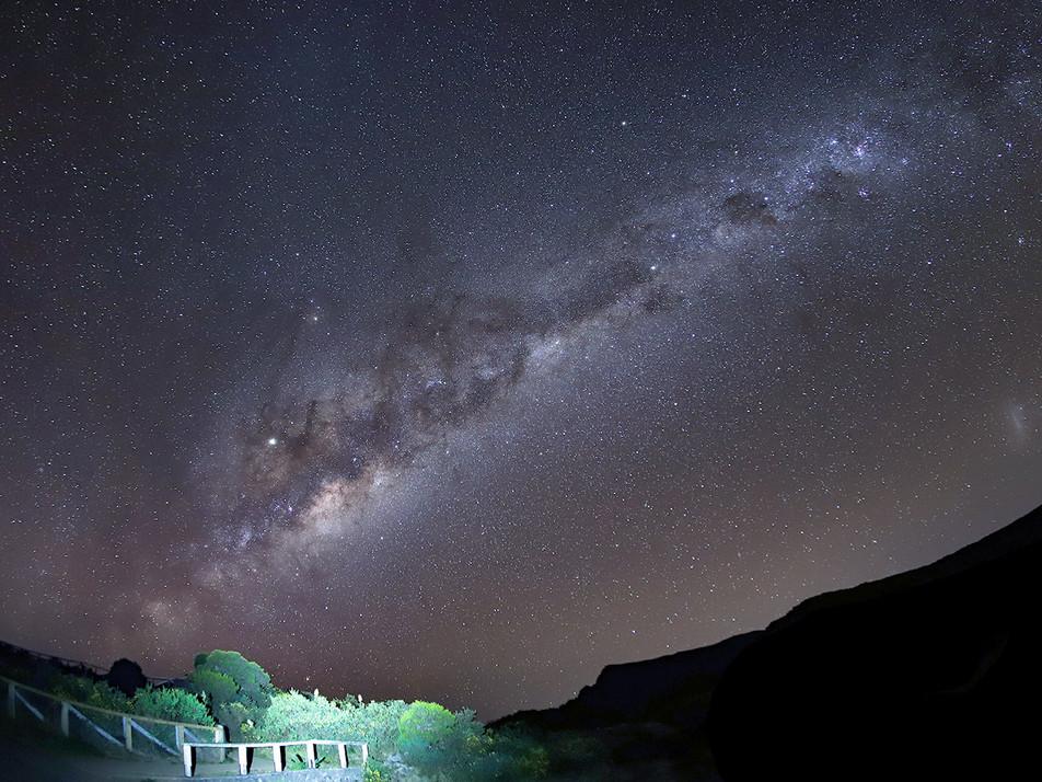 Voie Lactee au Maido. Ile de La Réunion. Auteur Frédéric Charfi