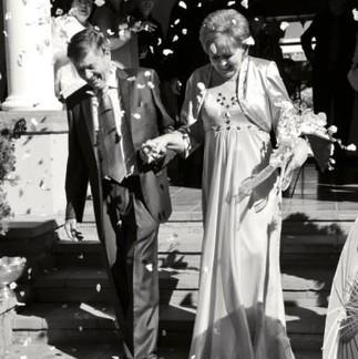 Garden wedding for Barry & Adeline
