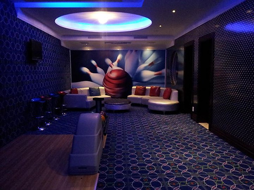 Bowling wall Mural (stretched acrylic)