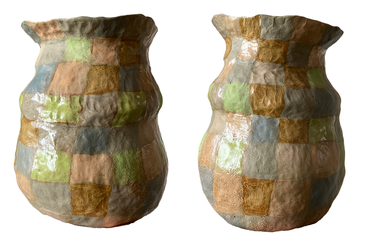 checkered pot.png
