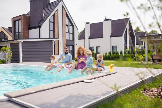 Family_Pool.jpg