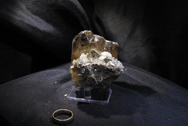 Quartz cluster and Muscovite