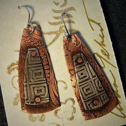 Earrings, LG031