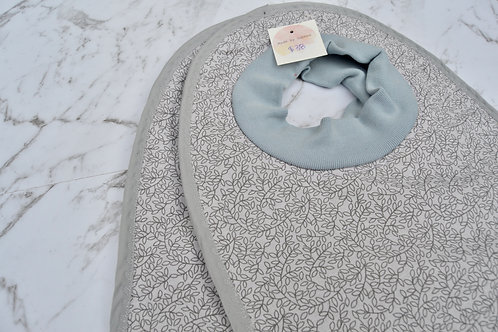 Cotton Pull Over Grey Leaves Set Bibs
