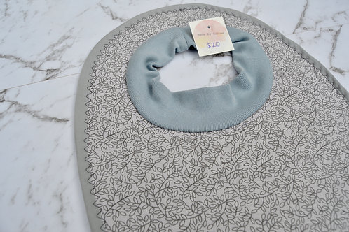 Cotton Pull Over Grey Leaves Bib