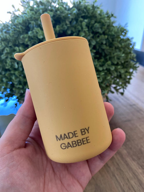 Mustard Silicone Cup with Lid and Straw