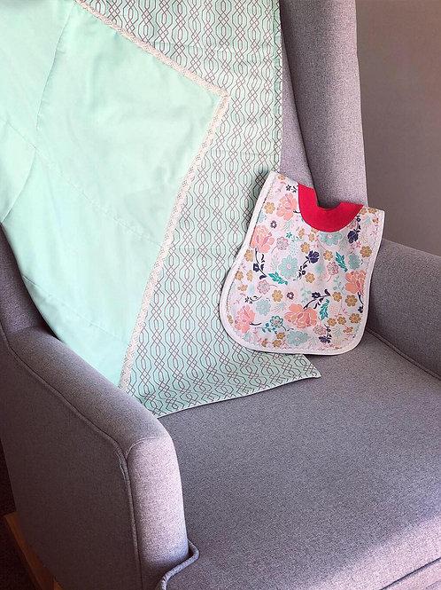 Mint Geometric Playmat Quilt with Bib