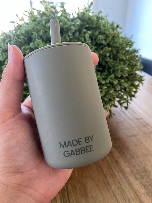 Sage Silicone Cup with Lid and Straw