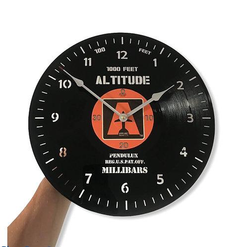 Ceas de perete personalizat Altitude