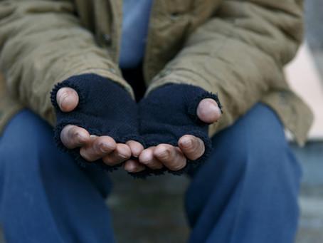 Opposant et obstacle au revenu de base: Le pauvre