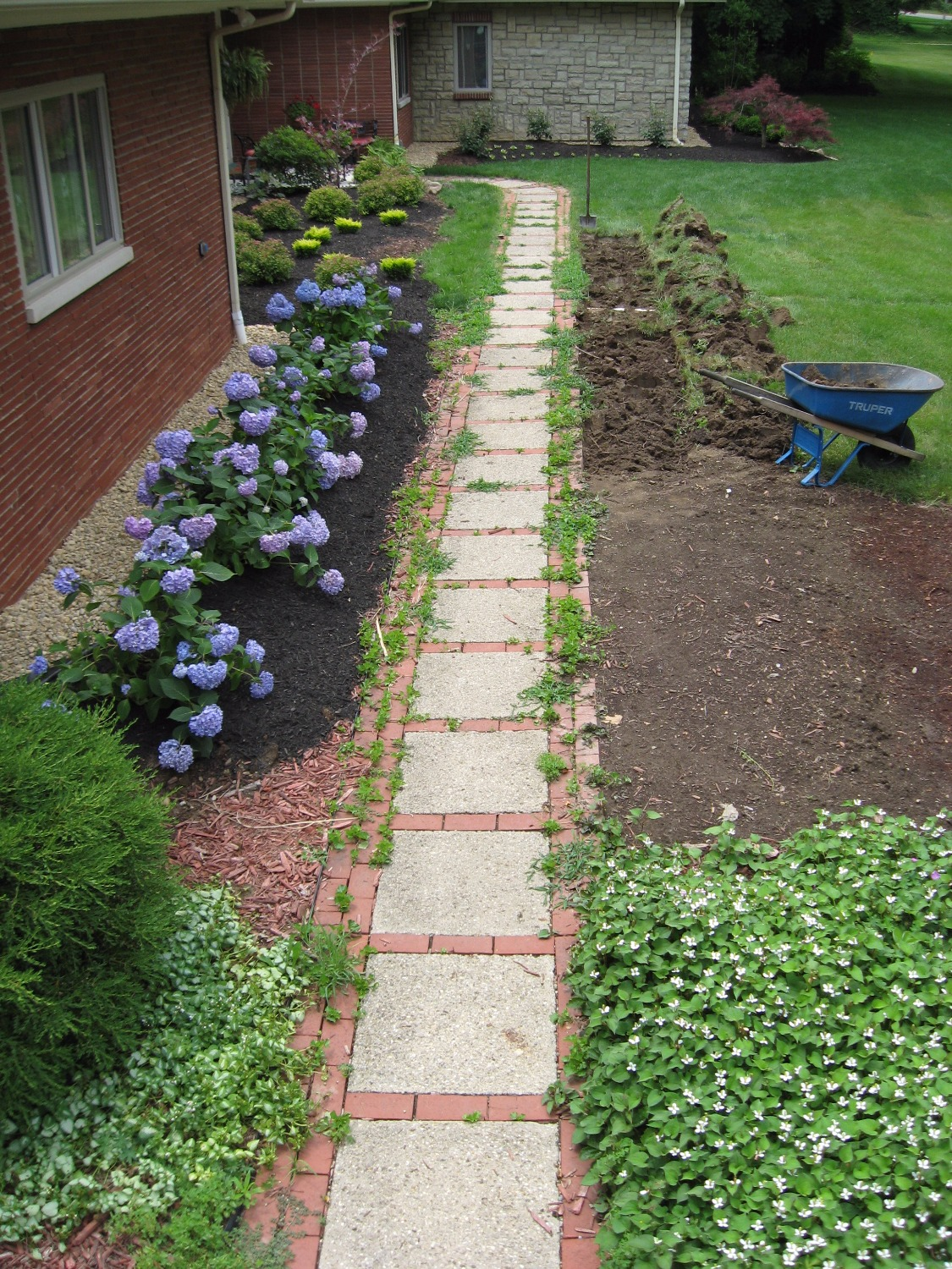 1950s stepping stone front walk