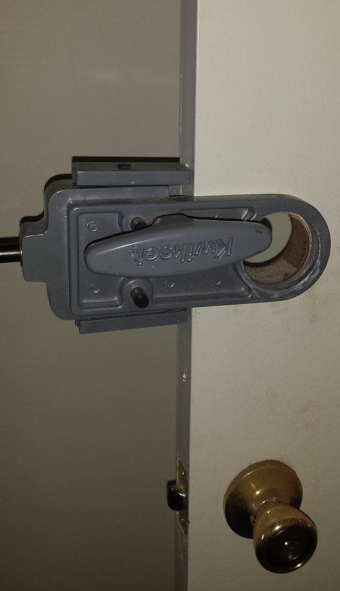 Door tool