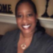 Moms Making Money Online site owner, Renee Walton, smiling at her web visitors