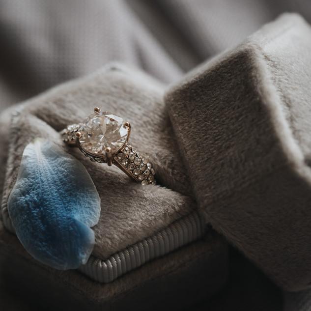 Dusty Blue - Ślubny Nieporadnik