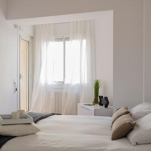 Calma, blanco y lleno de lúz, Castelldef