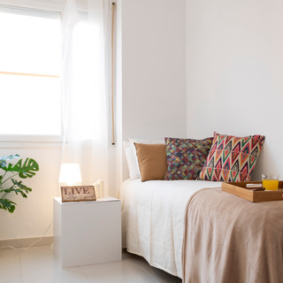 10 1,2,3 home staging, Castelldefels.